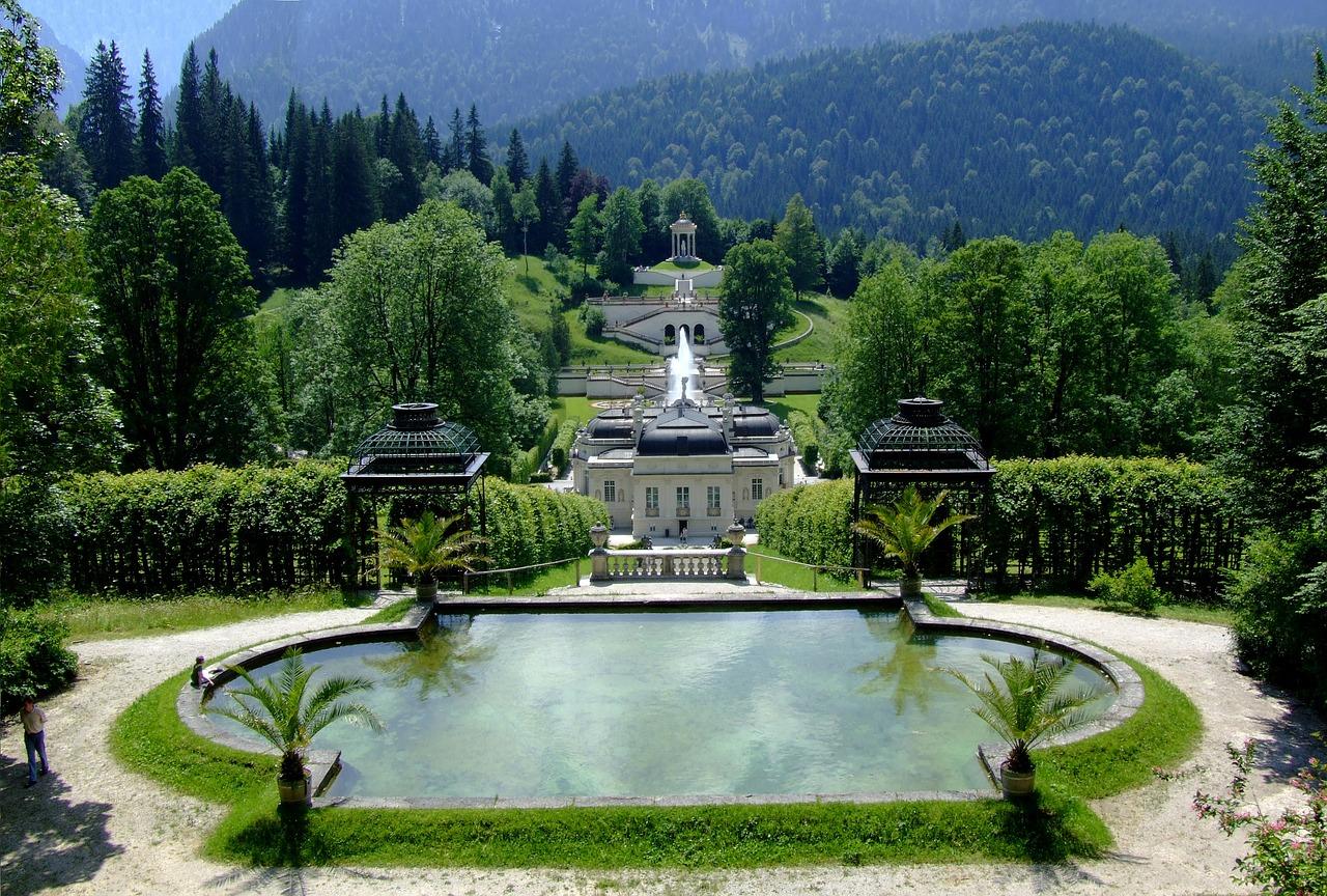 Schloss Linderof Bayern Bavaria Wanderung Urlaub